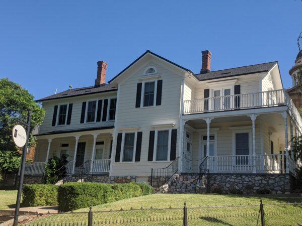 Historic Brye House in Old Town Auburn California