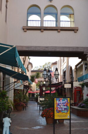 Entrance to La Arcada Plaza in Santa Barbara California