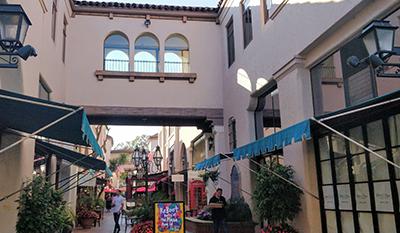 La Arcada Plaza in Santa Barbara